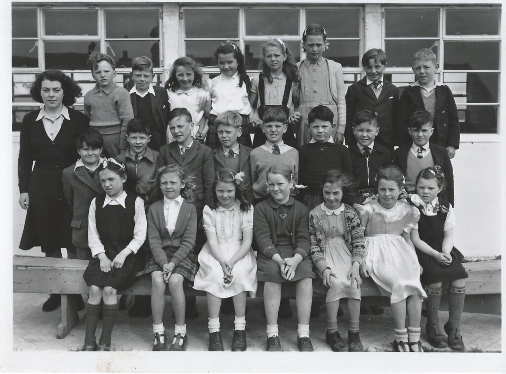 Photograph of North Walls School, Orkney, upper Primary 1950